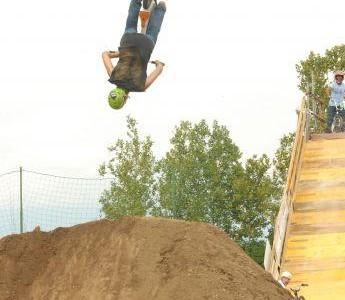 We-Ride Dirt Contest - Backflip